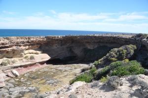 15-04-10 Talia Caves, The Tub
